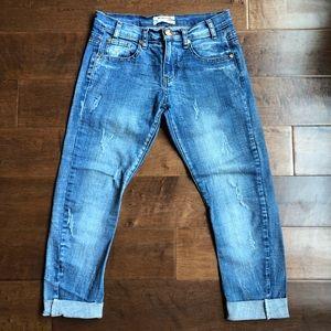 🦊One Teaspoon Distressed Capris Jeans